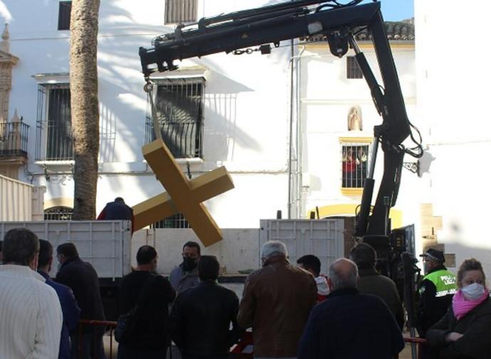 La croce divelta questa settimana a Cordoba