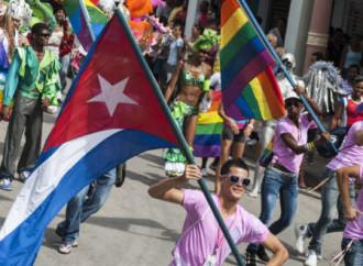 """Cuba, le """"nozze"""" gay non entreranno nella Costituzione"""