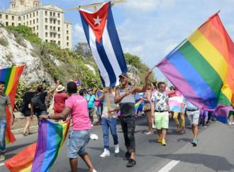 """Cuba, verso una Costituzione pro """"nozze"""" gay"""