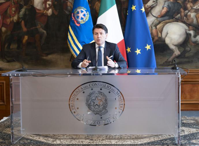 Conte annuncia il decreto Cura Italia