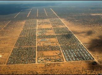 Il Kenya costringe i rifugiati somali a lasciare il campo di Dadaab