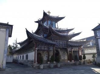 Cina, la Chiesa fedele al Partito si oppone all'accordo