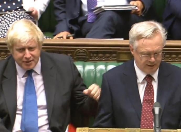 Boris Johnson e David Davis, i due ministri dimissionari