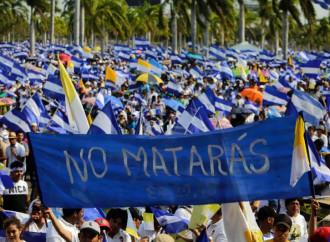 La dura repressione governativa delle proteste popolari induce migliaia di nicaraguensi a fuggire all'estero