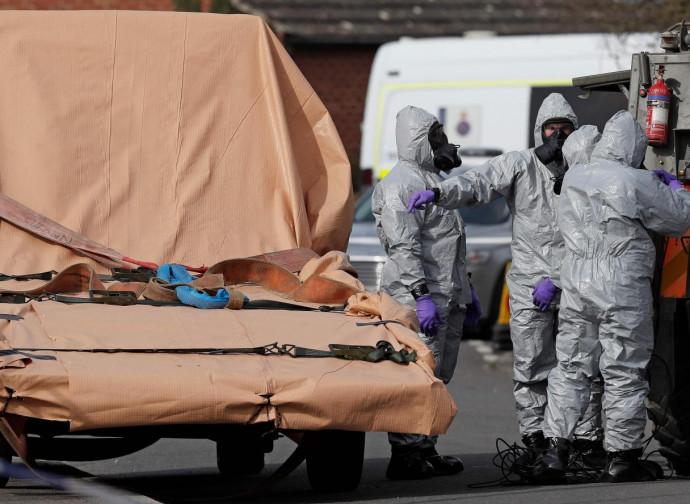 Salisbury, decontaminazione dopo il tentativo di omicidio col gas