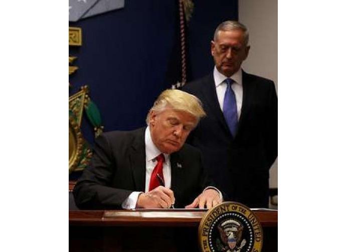 La firma del decreto