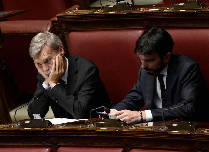 Delrio e Martina durante il dibattito sul taglio dei parlamentari