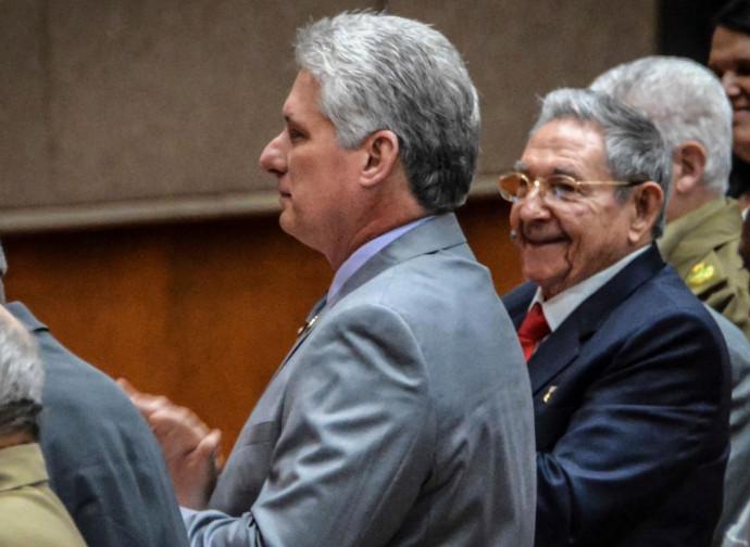 Diaz-Canel e Raul Castro