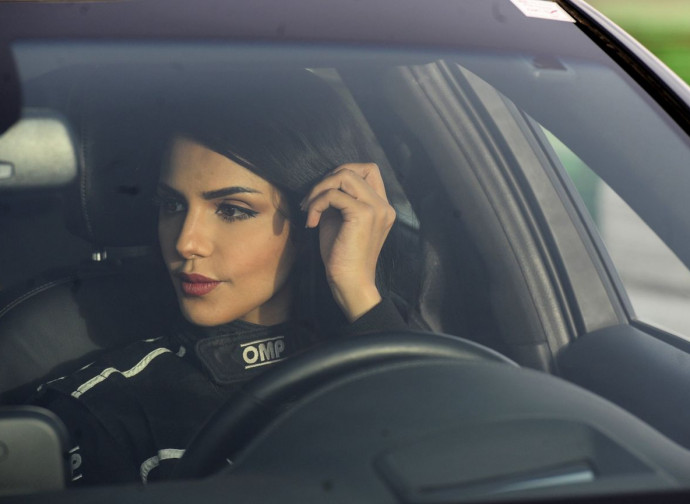 Arabia saudita, autista da corsa donna