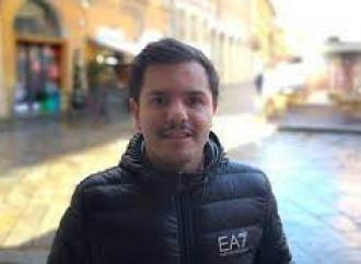 Consigliere «omofobo»: ha chiesto parità tra omo ed etero