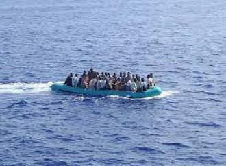 Mediterraneo. Fermati in pochi giorni centinaia di emigranti clandestini