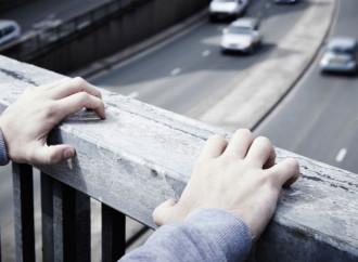 Lockdown: danni alla salute e suicidi fra i giovani