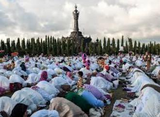 Non lo sveglia per il Ramadan: padre uccide la figlia