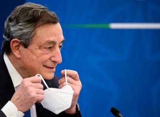 Sui vaccini Draghi ci ricatta