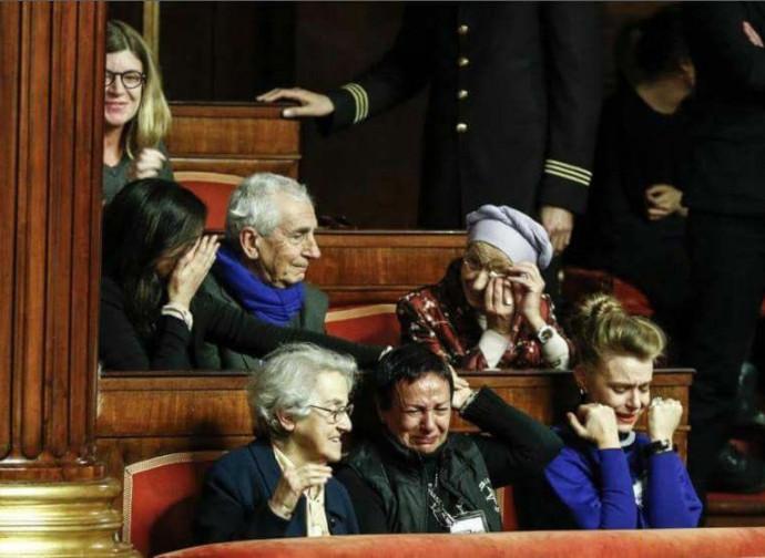 Le lacrime di Emma Bonino oggi in Senato