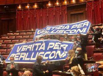 Condannare Berlusconi: audio di interferenze e ombre
