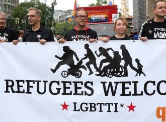 Il Paese di Lucignolo che vezzeggia i presunti gay