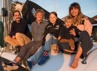 Greta Thunberg in viaggio verso la Spagna su un catamarano