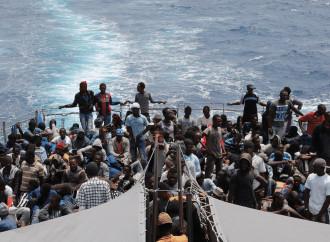 Lo studio che dà ragione a chi vuol fermare i migranti
