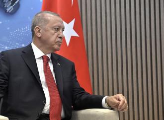 Erdogan minaccia di rimandare i foreign fighters in Europa