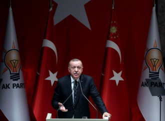 Profughi come pedine: il ricatto di Erdogan all'Europa