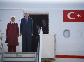 Erdogan in Germania cerca di ricucire i rapporti perduti
