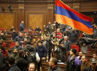Nagorno Karabakh, armeni costretti ad accettare la pace