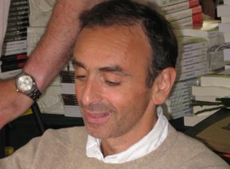 Zemmour, la lotta solitaria dell'intellettuale anti-immigrazione