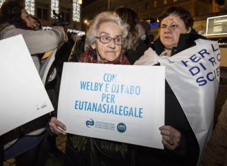 Eutanasia, la logica perversa della legge dei radicali