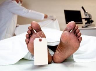 Prima vittima delle Dat: stop al respiro e funerali in Chiesa