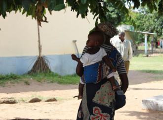 Ogni giorno nel mondo muoiono 15.000 bambini