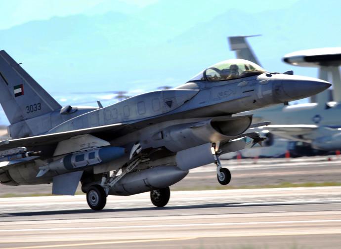 F-16E degli Emirati Arabi Uniti