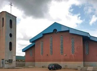 Nigeria. Una parrocchia sospende le attività pastorali
