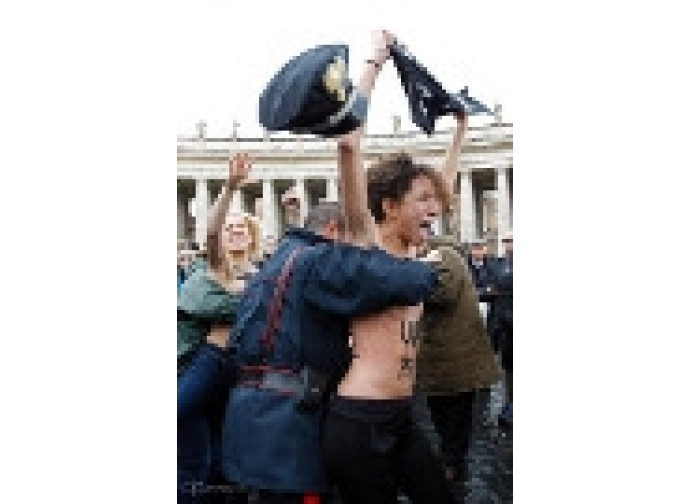 Femen in Vaticano