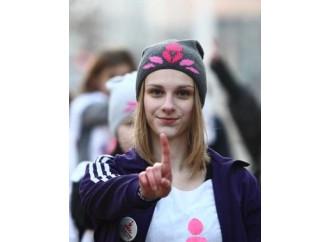 La guerra tra femministe e Lgbt sull'utero in affitto