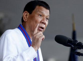Il presidente Duterte intima alla popolazione di non attaccare più i vescovi