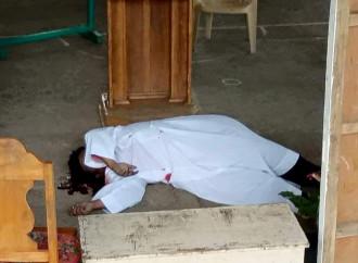 Un sacerdote è stato ucciso nelle Filippine subito dopo la celebrazione della messa domenicale