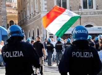 Caccia al fascista, un grande segno di fragilità