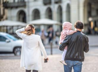 Bimbi strappati e famiglie tradite: fare luce sugli affidi