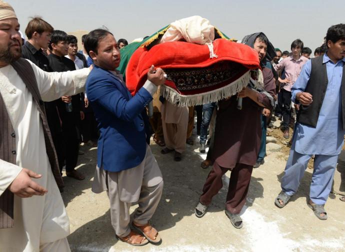 Kabul, funerali delle vittime