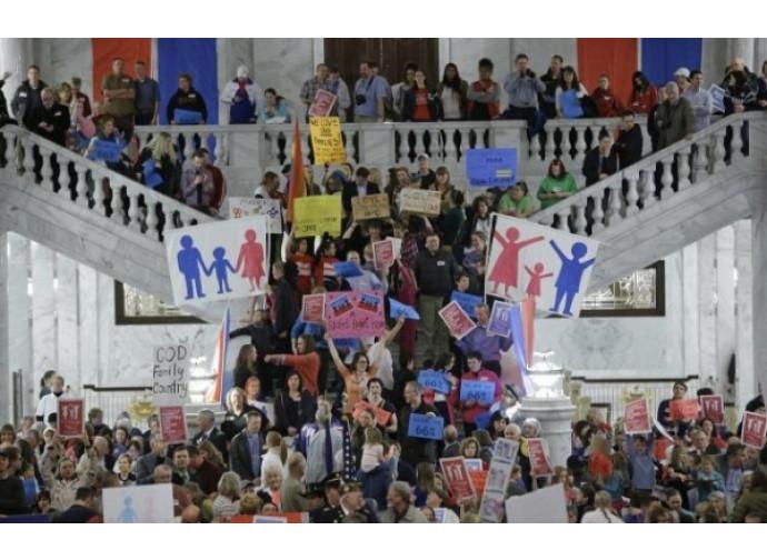 Protesta anti-matrimonio gay nello Utah