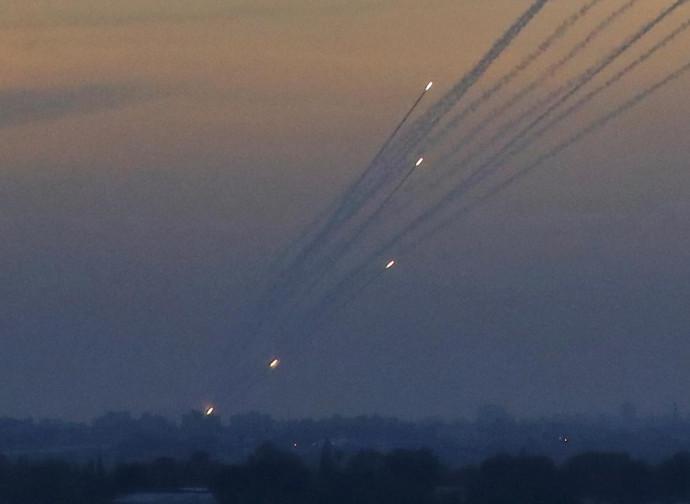 Gaza, razzi lanciati contro Israele