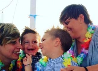 Riccione rigetta la doppia genitorialità gay