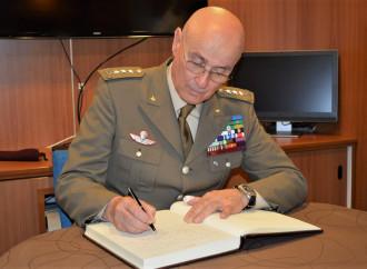 """L'Occidente in crisi visto da un generale """"militarmente scorretto"""""""
