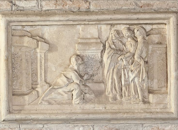 Gesù salva l'adultera dalla lapidazione, bassorilievo