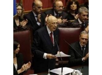 """Napolitano commosso sferza i partiti """"sordi e sterili"""""""