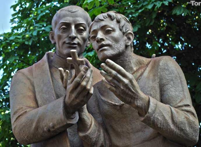 Il monumento a San Cafasso con un condannato a morte