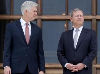 """Corte Suprema pro gender, con il """"sì"""" di due conservatori"""