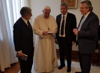 Suggestione inglese: il Papa ha riunito il fronte peronista