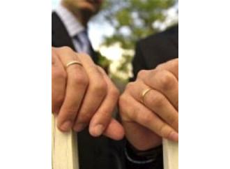 Sindaci all'attacco: obiezione di coscienza alle unioni gay
